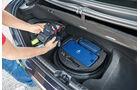 Maserati Ghibli Diesel, Werkzeug, Handschuhe