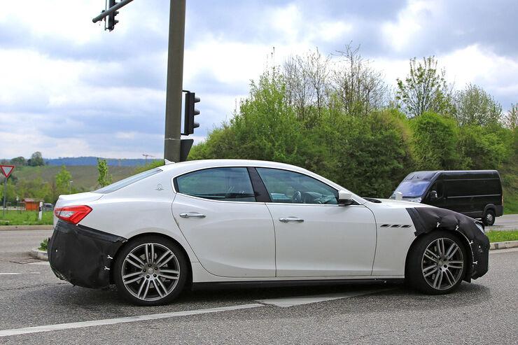 2014 - [Maserati] Ghibli - Page 10 Maserati-Ghibli-Erlkoenig-fotoshowBig-f6e12931-1066489