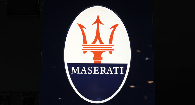 Maserati Logo, Messe, Autosalon Paris 2012