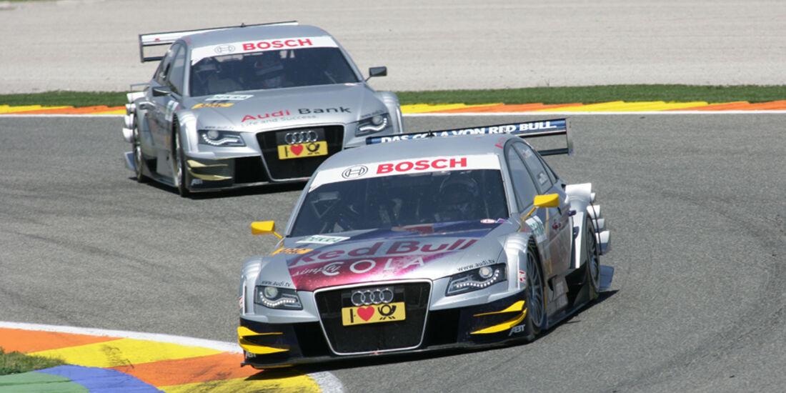 Mattias Ekström führt vor Martin Tomczyk - DTM Valencia 2010