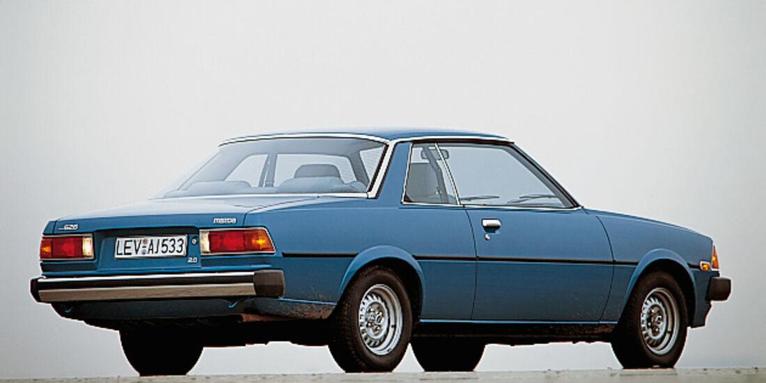 Mazda 626 Coupé CB1 - von seitlich hinten