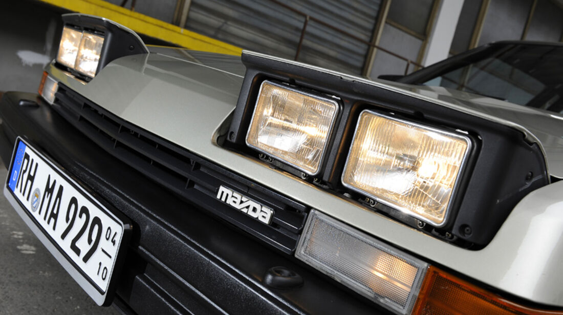 Mazda 929 Coupe, Frontlichter