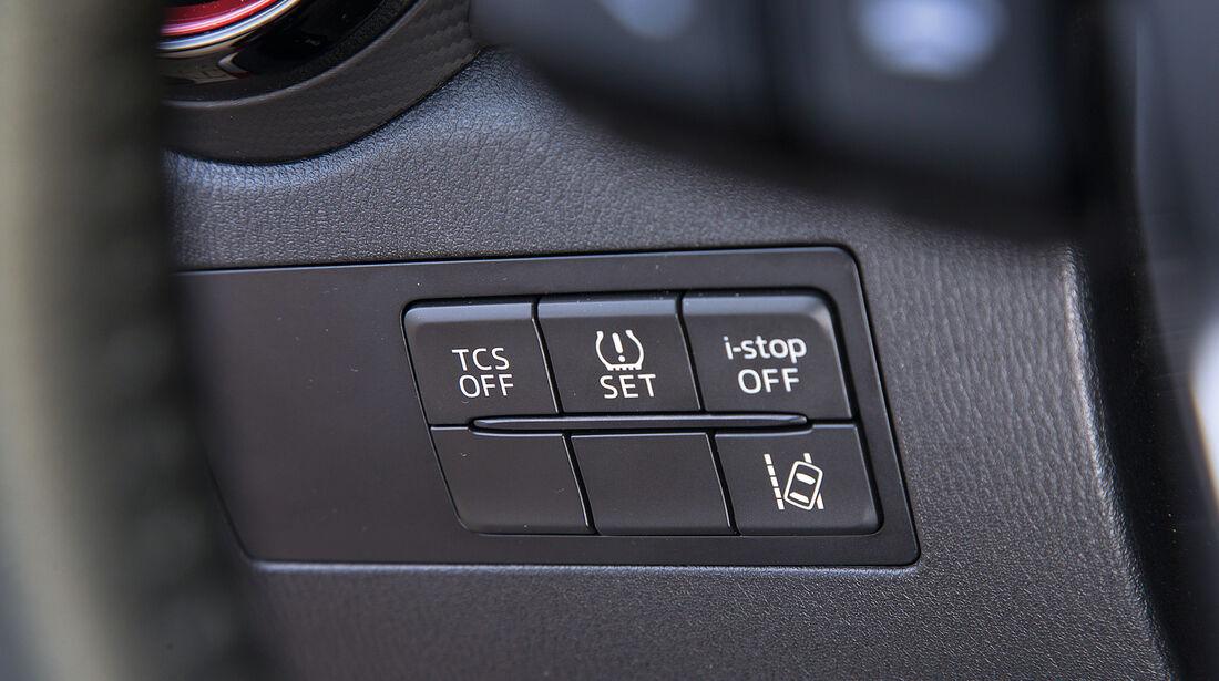 Mazda CX-3 D 105, Bedienelement
