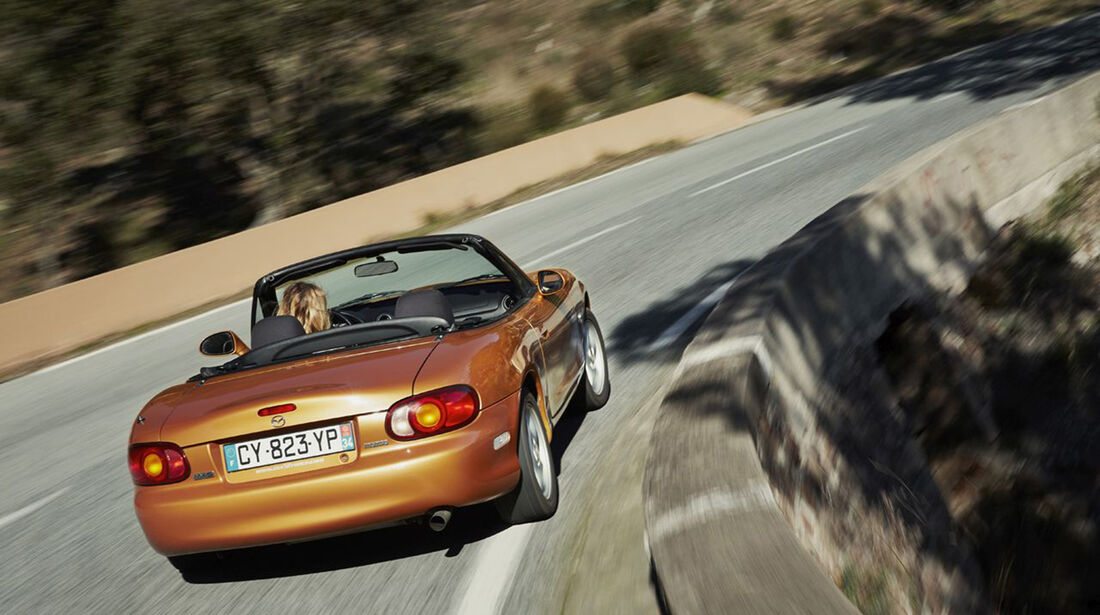 Mazda MX-5 NB (2000) - Roadster