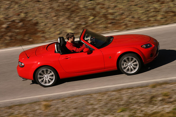 gebrauchtwagen mazda mx 5 im m ngelreport muster an. Black Bedroom Furniture Sets. Home Design Ideas