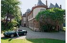 Mazda MX5 vor Schloss
