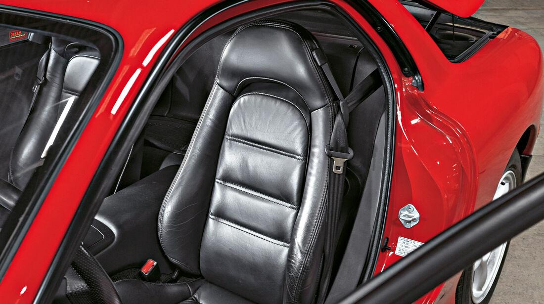 Mazda RX-7, Sitze