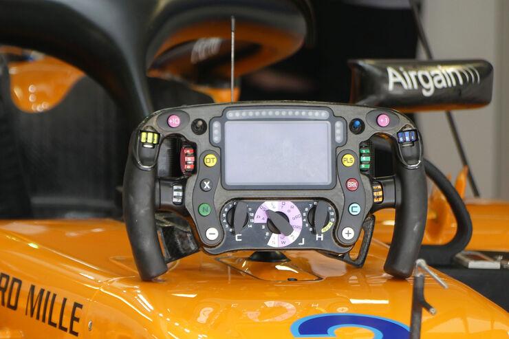 McLaren-Lenkrad-Vandoorne-GP-Russland-So