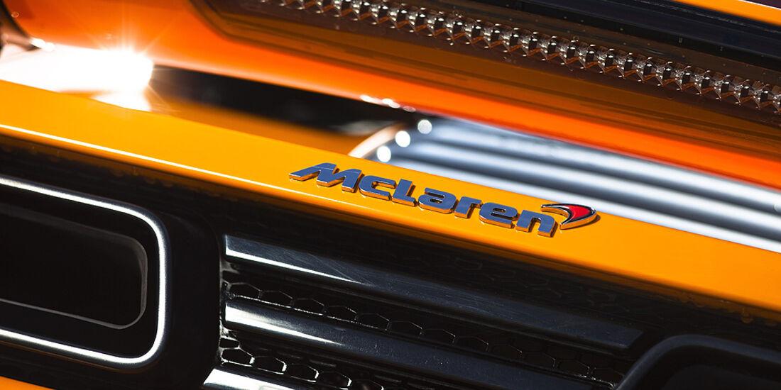 McLaren MP4-12C, Heck, Auspuff