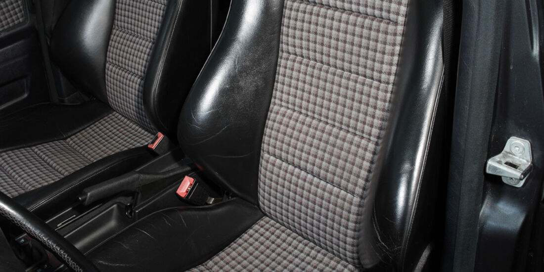 Mercedes 190 E 2.5-16 EVO II, Detail, Sitze
