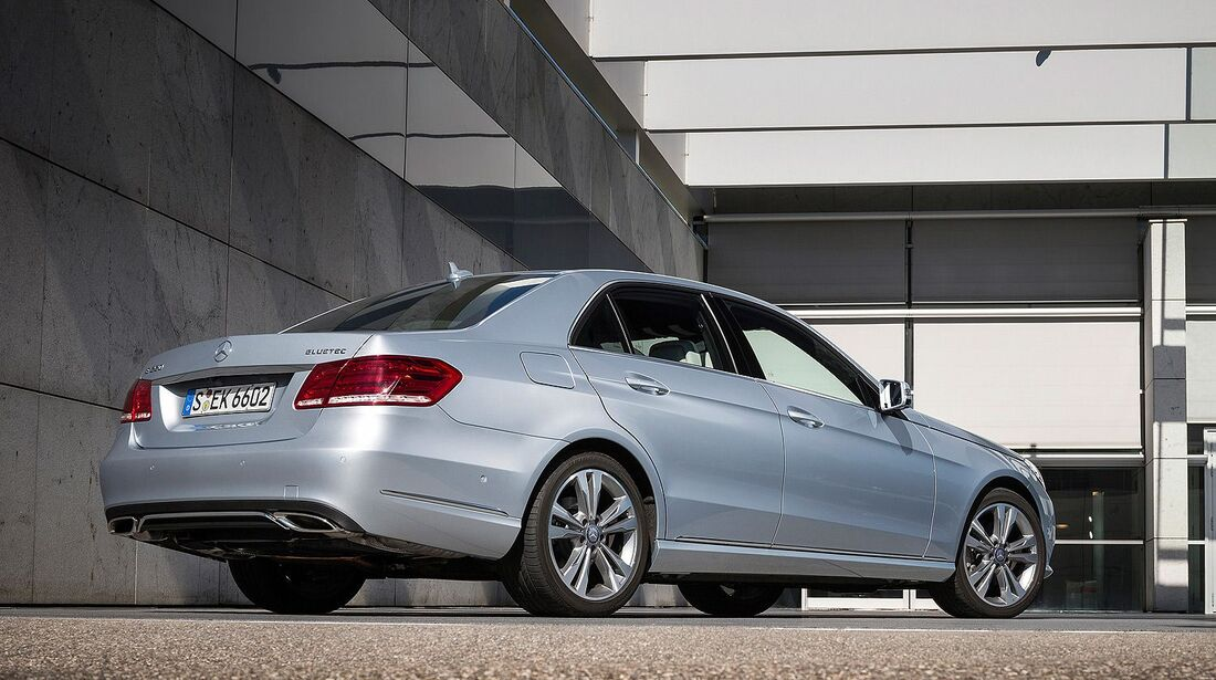 Mercedes 220 Bluetec BlueEfficiency Edition