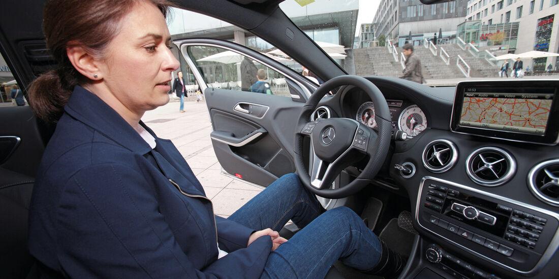Mercedes A-Klasse, Cockpit, Porbesitzen