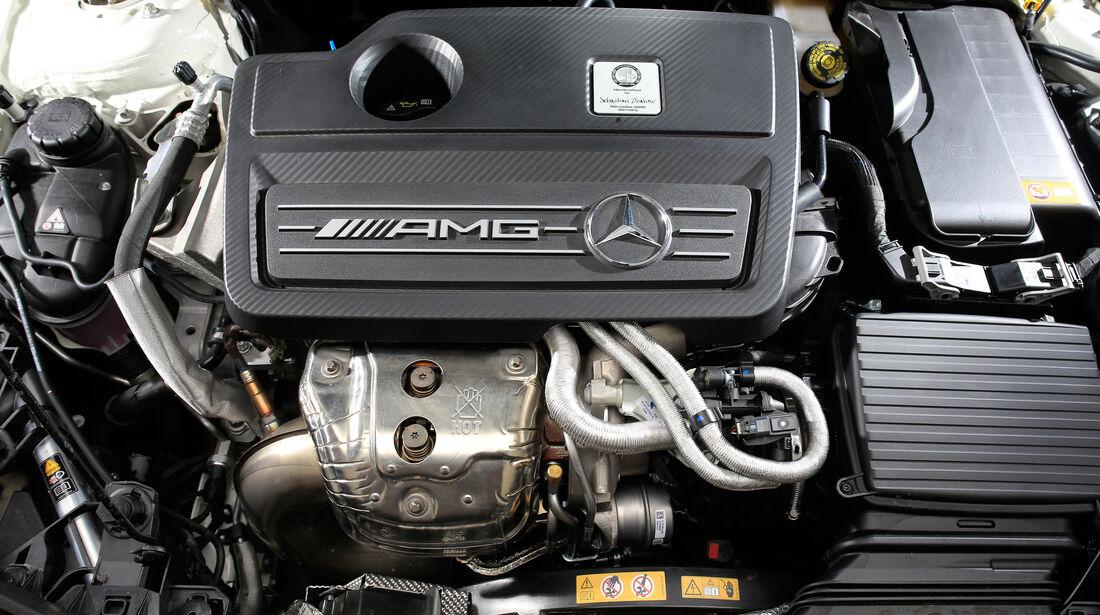 Mercedes-AMG CLA 45, Motor