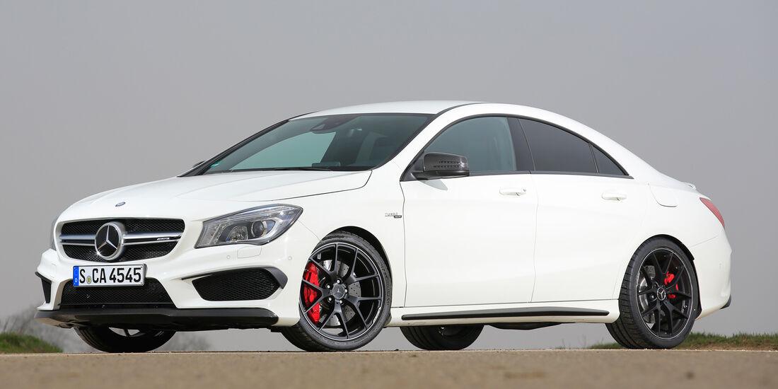 Mercedes-AMG CLA 45, Seitenansicht
