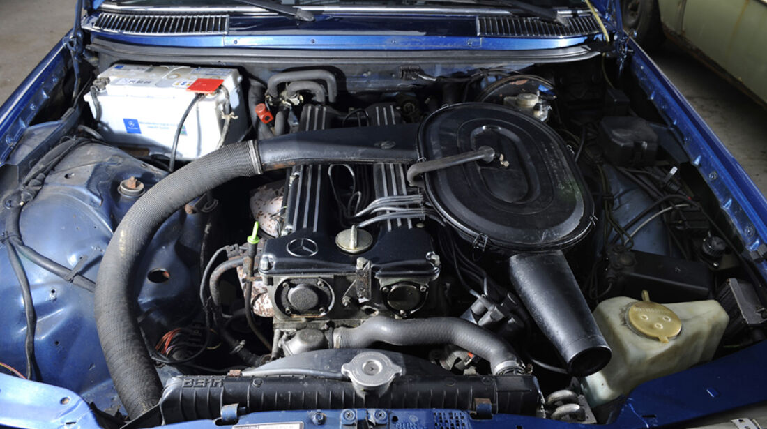 Mercedes- Benz 280 E AMG, Detail, Motorraum