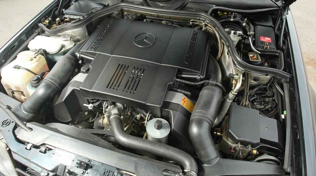 Mercedes-Benz E 500, Motor