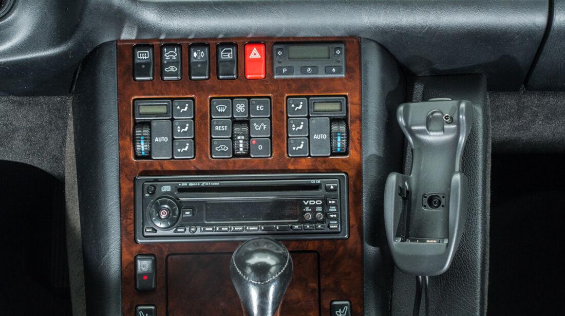 Mercedes-Benz S600, Mittelkonsole