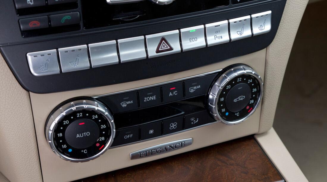 Mercedes C 200, Mittelkonsole