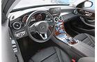 Mercedes C 350e, Cockpit