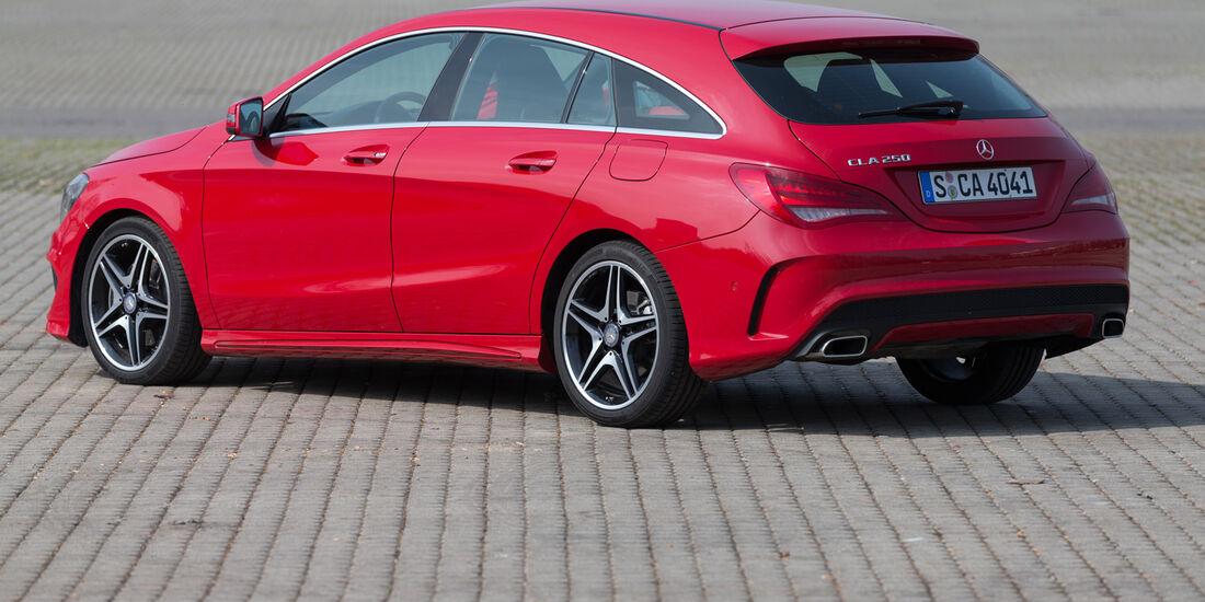 Mercedes CLA 250 Shooting Brake AMG Line, Heckansicht