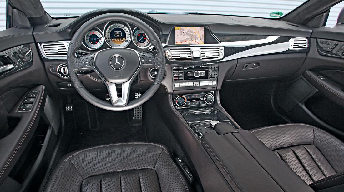 Mercedes CLS 500 4matic, Cockpit, Lenkrad