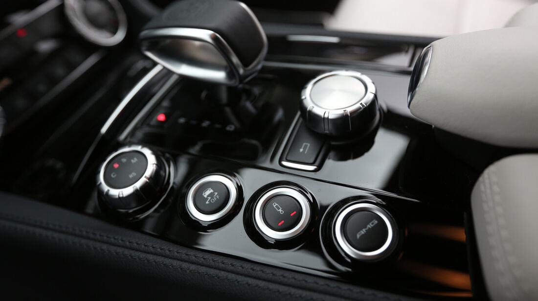 Mercedes CLS 63 AMG Shooting Brake, Bedienelemente