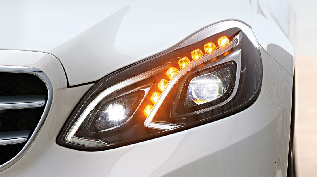 Mercedes E 200 T, Frontscheinwerfer, Voll-LED