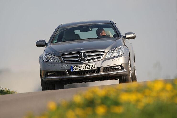 Mercedes E 350 CGI Coupe