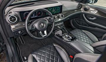 Mercedes E 400 4Matic, Cockpit