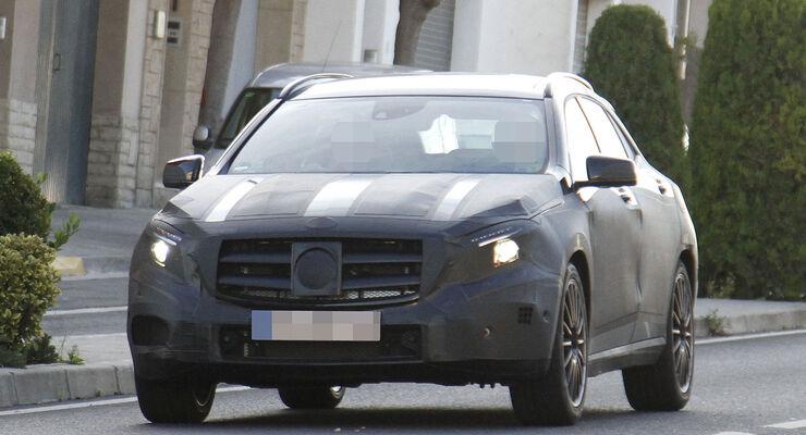 Mercedes GLA 45 AMG Erlkönig