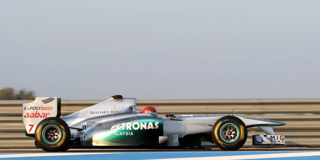 Mercedes GP W02 Schumacher Test 2011