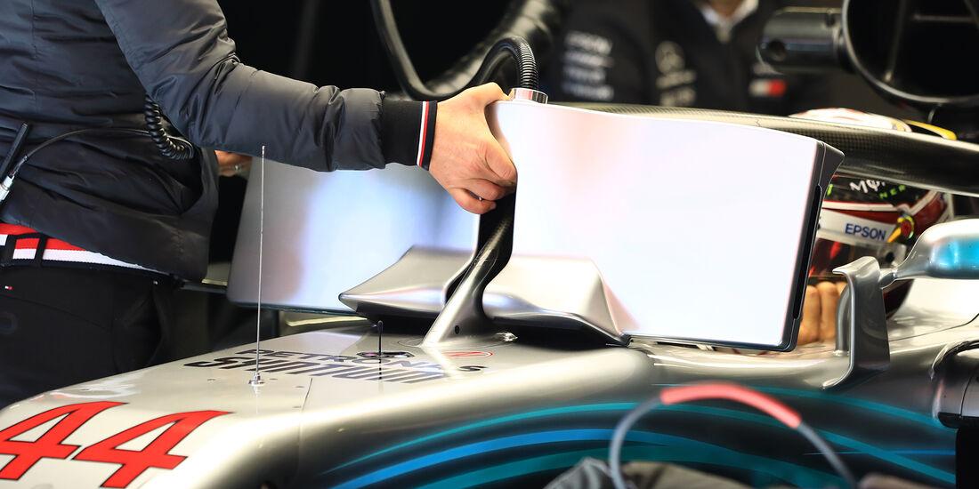 Mercedes - Halo - F1-Test - Barcelona - 2018