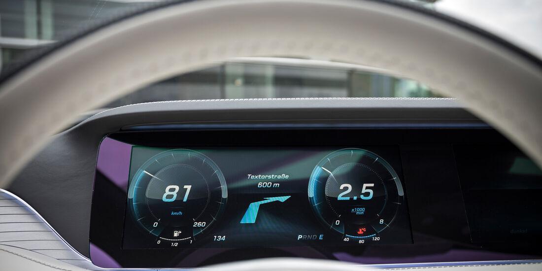 Mercedes S-Klasse Coupé Concept, Anzeigeinstrumente