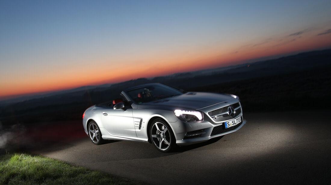 Mercedes SL 350, Abendlicht, Frontansicht