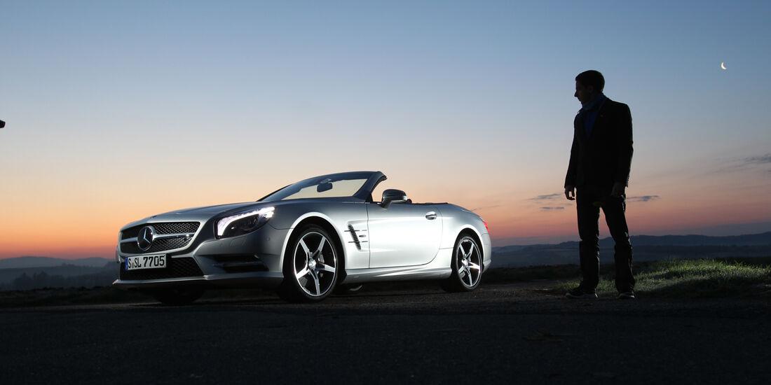 Mercedes SL 350, Abendlicht, Seitenansicht