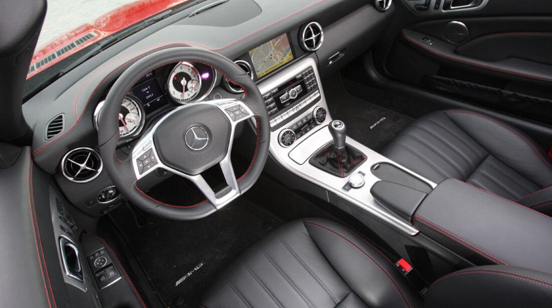 Mercedes SLK 250, Cockpit