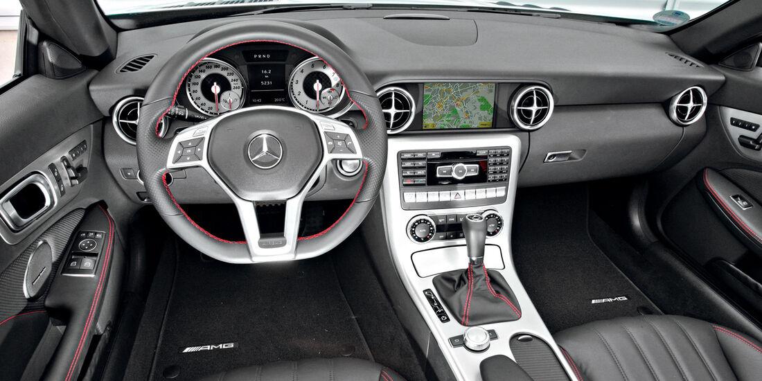Mercedes SLK, Cockpit, Lenkrad