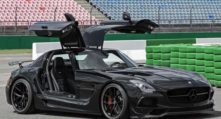 Aufgemotzte Mercedes Sls Amg Leistungsstark Ultrabreit