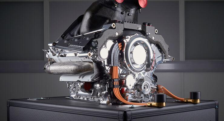 Mercedes V6 Motor 2014 - Formel 1 - Tops & Flops
