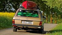 Mercedes W 123, Rückansicht, Heck, Kanu, Dachträger