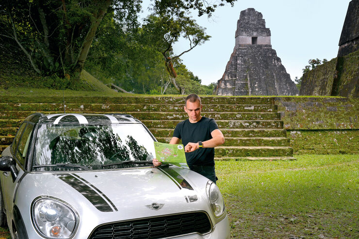 Mini Countryman Cooper S, Jörn Thomas, Maya-Tempel