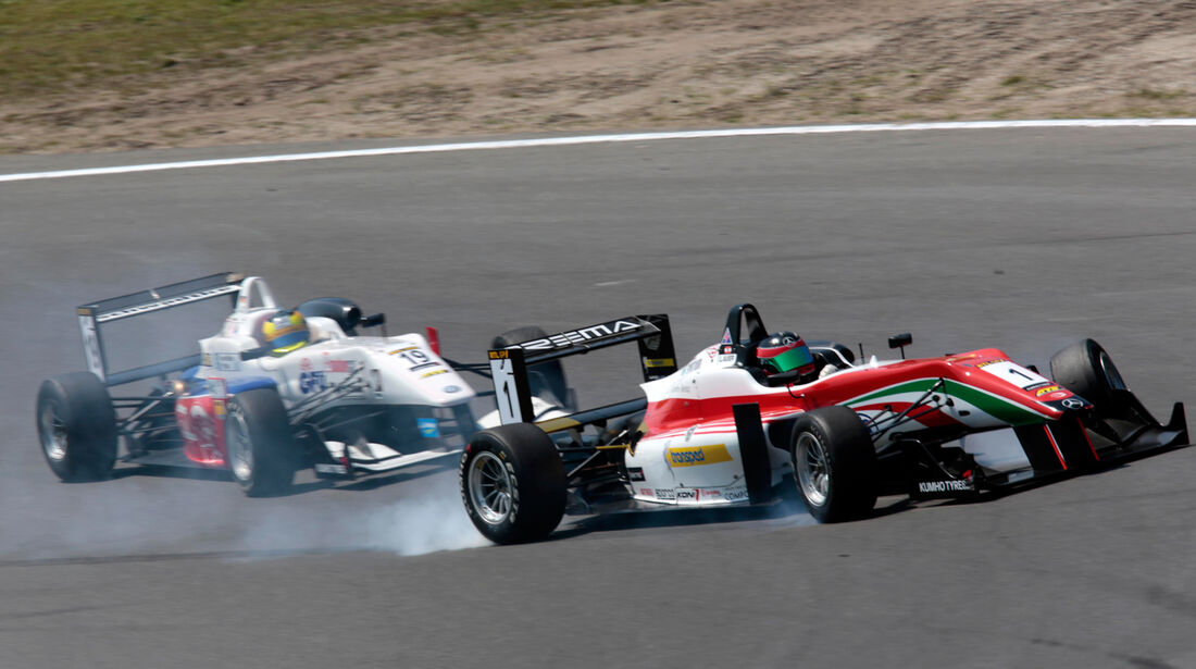 Müller vs. Auer - Masters of Formula 3 2013