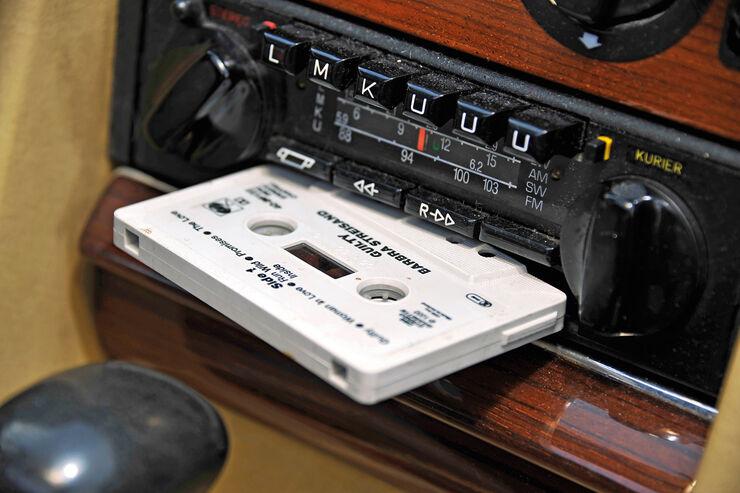 Musikkassetten, Kassettenradio