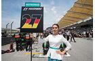 Nico Hülkenberg - Grid Girl - GP Malaysia 2015