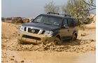 Nissan Pathfinder 2.5 dCi, Frontansicht