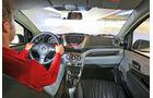 Nissan Pixo, Innenraum, Cockpit