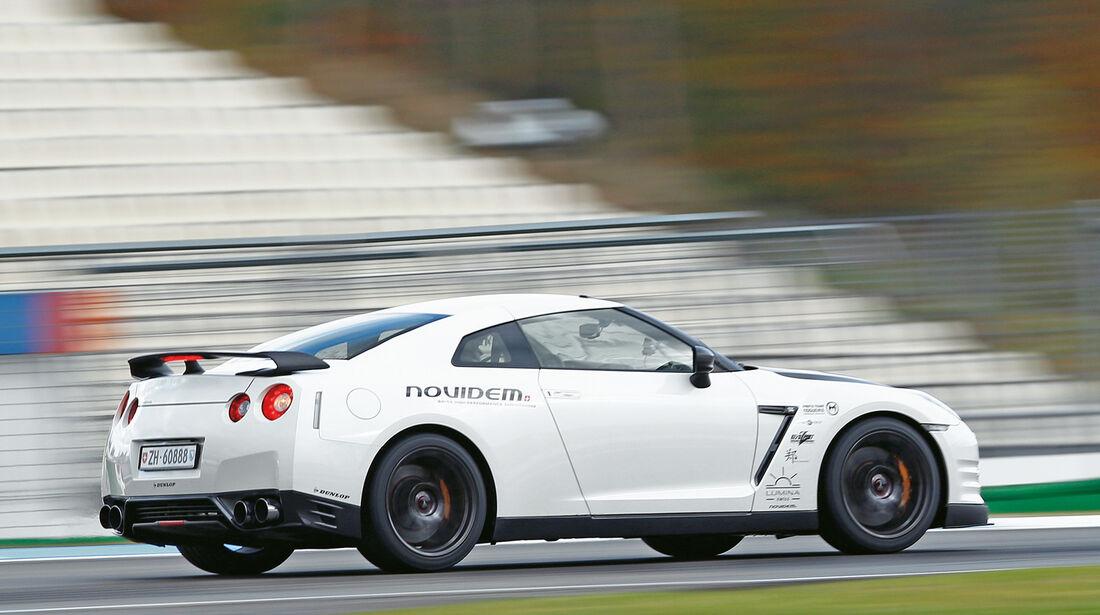 Novidem-Nissan GT-R, Seitenansicht