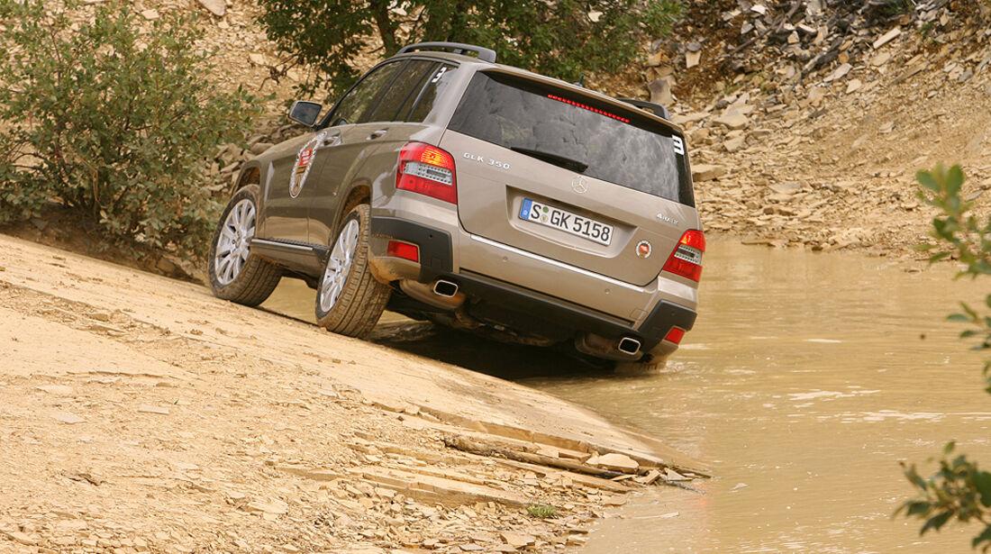Offroad-Challenge 2010, Mercedes GLK, Wasserdurchfahrt