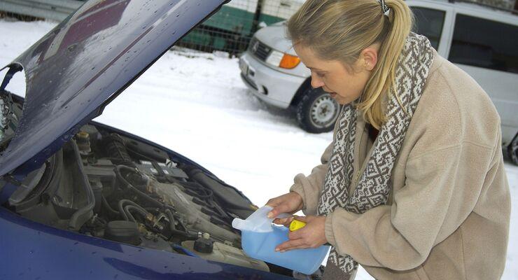 Kühlwasser im Winter: Kontrolle von Füllstand und Frostschutzgehalt ...