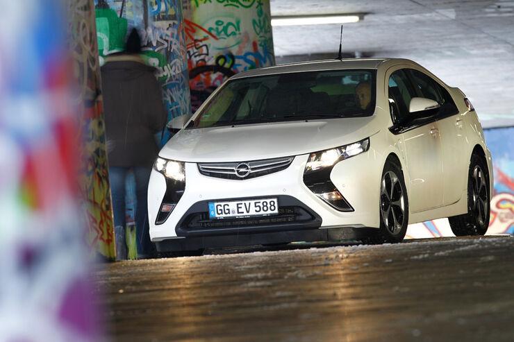 Opel Ampera, Front